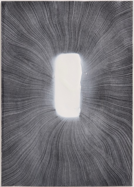 Thomas Müller – untitled, 2019, silver color pencil, ink, acrylic, varnish on paper, 29,7 x 21 cm